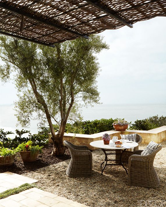 Mediterranean inspired terrace. Photo by William Abranowich