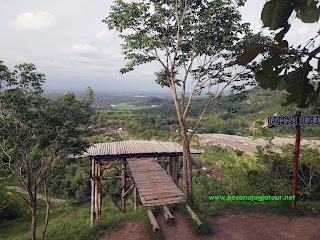 Spot Gardu Pandang Puncak Sosok