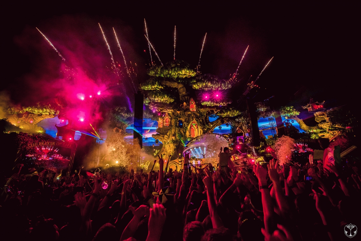 Tomorrowland Photos 2017