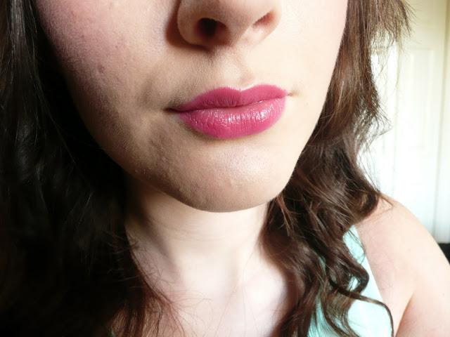 MAC Amplified Creme Lipstick Impassioned Bright Pink
