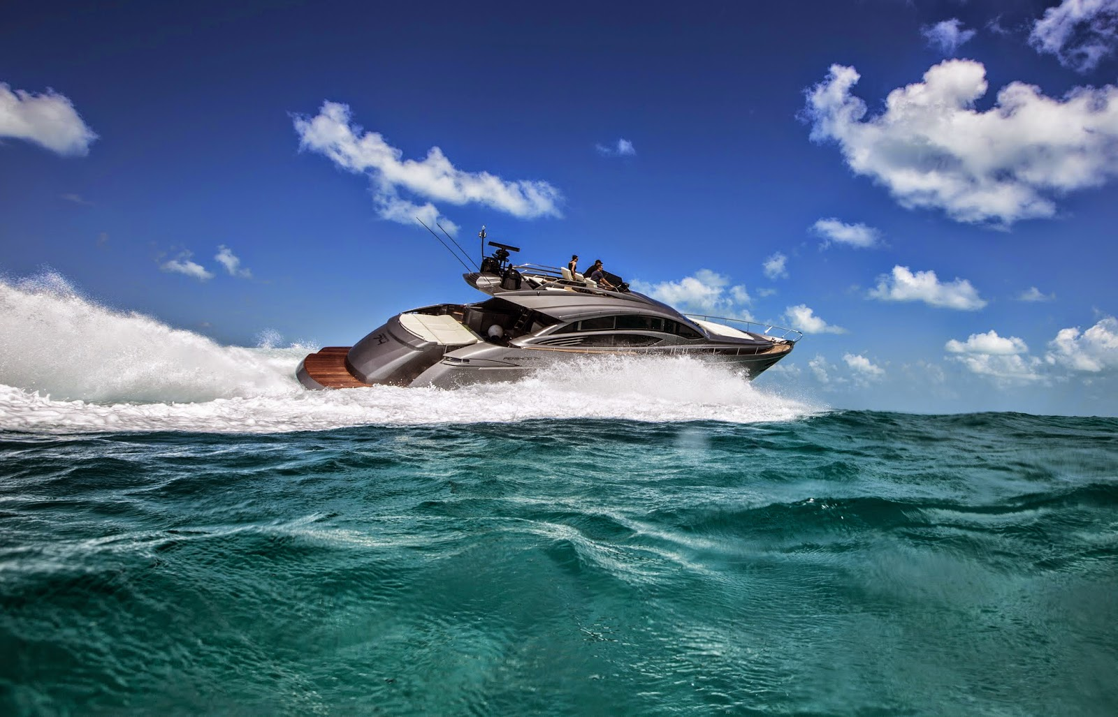 Pershing Yachts: PERSHING YACHTS & SURFACE DRIVES: WHAT ARE THE