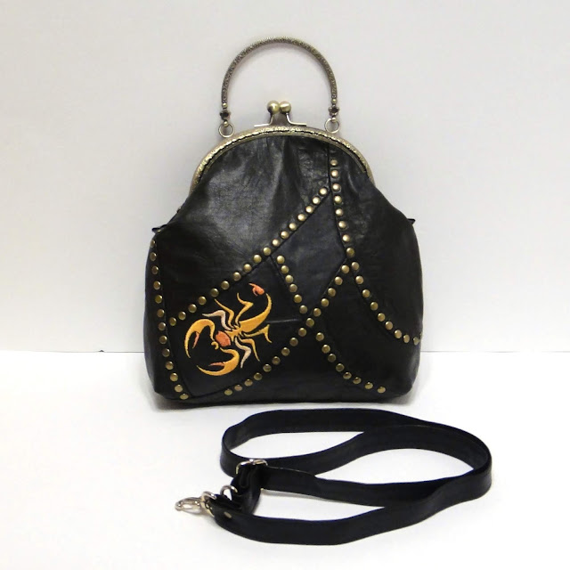 Мягкая кожаная сумка Скорпион - авторская сумка, подарок женщине скорпиону