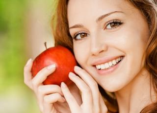 خلطة التفاح لإزالة الهالات السوداء