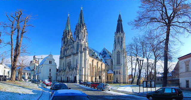 The magnificent Cathedral of Saint Wenceslas in Olomouc, Czech Republic. Photo: WikiMedia.org.
