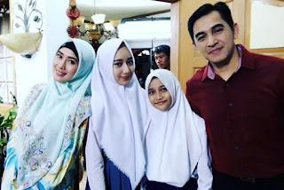 Anisa Bersama Keluarganya Di TOP RCTI