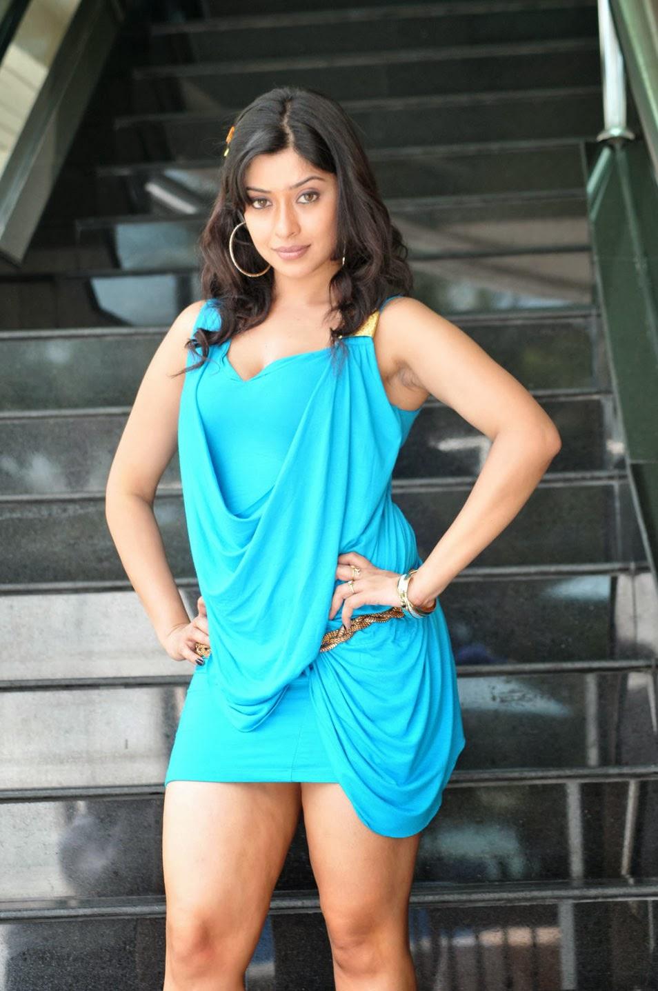 Hot Nangi Actress Photos Gallery - Shiner Photos-8611