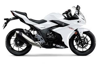 Suzuki-GSX-R250-blanca