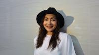 Dewi Rezzer pemain sinetron Amara Sahabat Langit Trans TV
