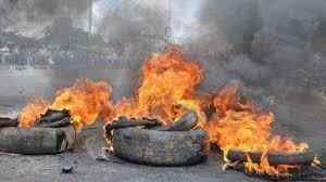 Villagers burn three armed robbers in Kogi