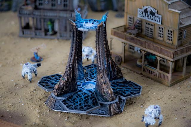 Printable Scenery - 3D Printable Wargame Miniature Alien Gate Terrain