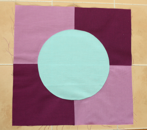 Inset circle tutorial | DevotedQuilter.blogspot.com