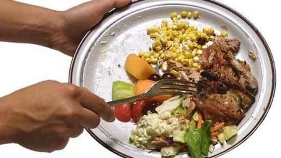 SAUDI MAY FINE YOU FOR LEAVING FOOD ON YOUR PLATE