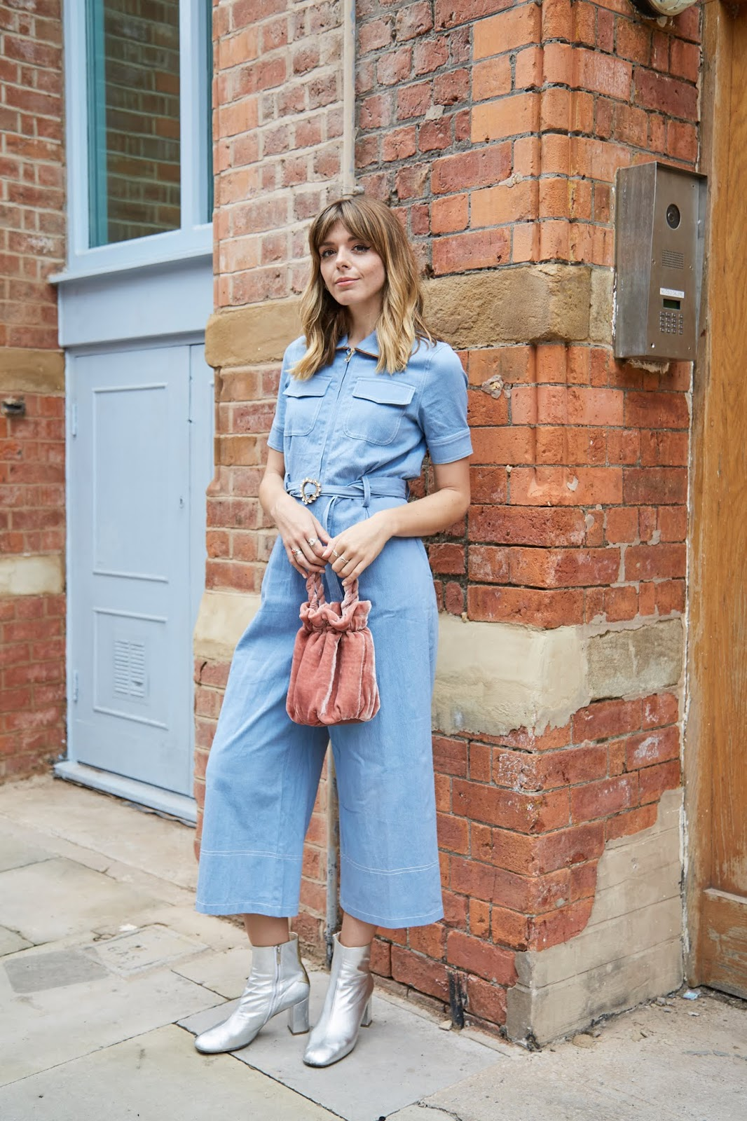 76cd0714aee0 As your boiler suit is basically ready to go from the offset I think a  statement boot is definitely needed to make this outfit your own. I ve gone  for my ...