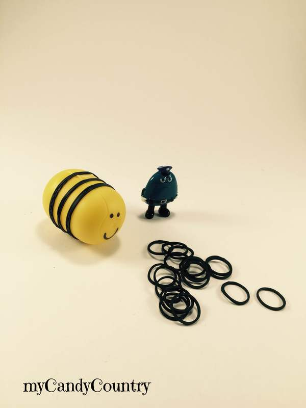 Riciclo Creativo: una simpatica ape nasce dai porta sorpresine