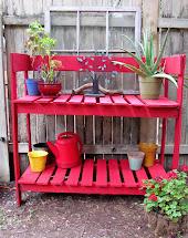Gypsies Crafts & Treats Pallet Potting Bench
