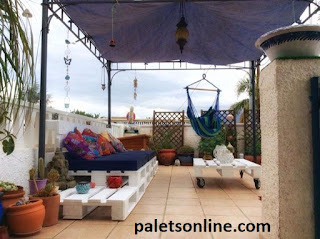 Chill out europalets blancos y colchón azul paletsonline.com