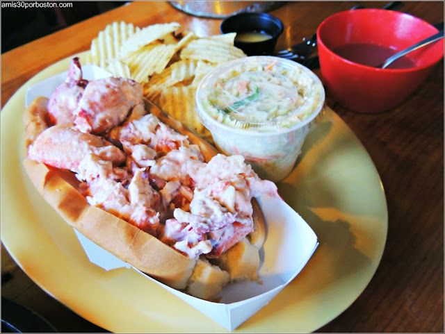 Lobster Shack en Perkins Cove: Lobster Roll Doble