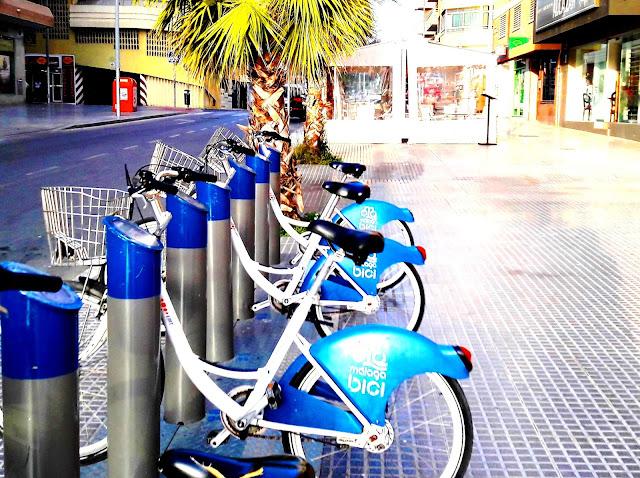 Malagueta spot parking Malaga Bici