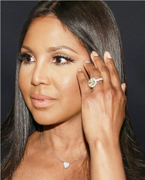 Toni Braxton gets robbed of her enormous engagement ring from Birdman