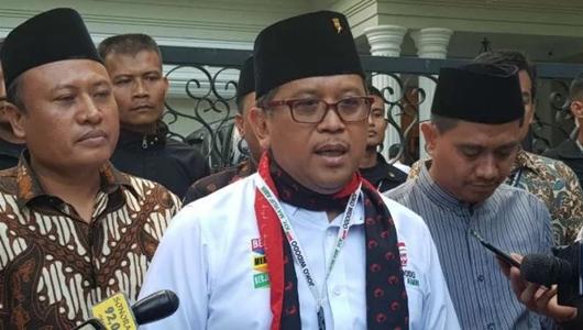 Hasto: Kesalahan Fatal Prabowo Sebut Presiden Chief of Law Enforcement Officer