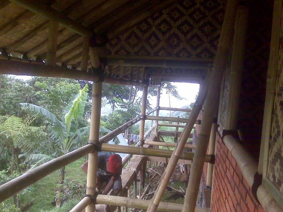 jasa pembuatan rumah bambu foto rumah bambu model rumah