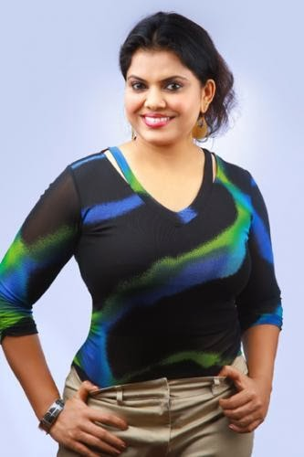 Hot Tamil Beauty Minu Kurian  Minu Kurian Sexy Huge Tits -1971