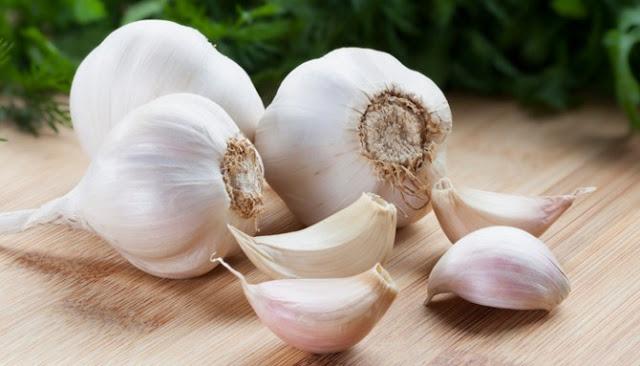 Delapan Obat Alami Berikut Ampuh Untuk Mengatasi Masalah Jamur Kaki