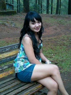 http://www.ceritaseksterbaru.com/2016/08/07/istriku-yang-nakal/