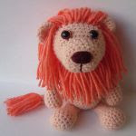 http://www.ravelry.com/patterns/library/lew-the-lion