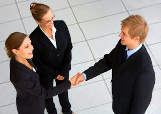 Quan hệ khách hàng doanh nghiệp