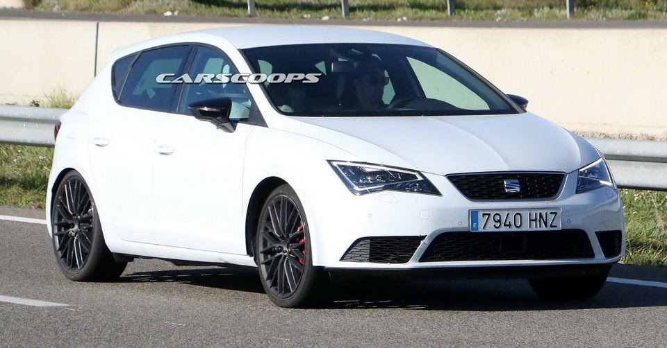 weird looking seat leon cupra prototype suggests faster version is on the way. Black Bedroom Furniture Sets. Home Design Ideas
