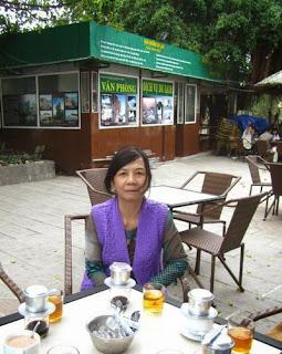 Cafe một mình- ảnh tác giả
