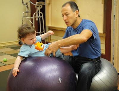 Metode Fisioterapi dengan NDT Bobath menangani Cerebral Palsy