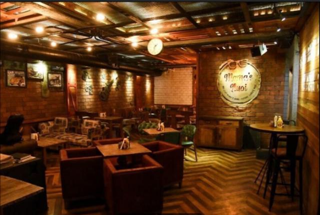 Mama's Buoi Lounge, Hudson Lane, Gtb Nagar Delhi Review