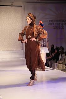 Baju Muslim Batik Ina Priyono