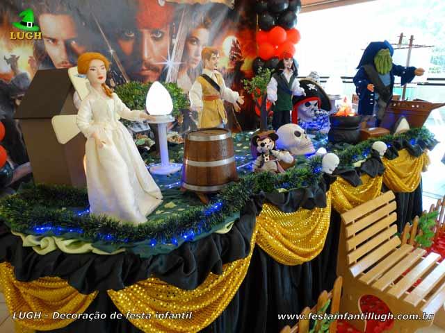 Mesa luxo tema Piratas do Caribe - Decoração de aniversário