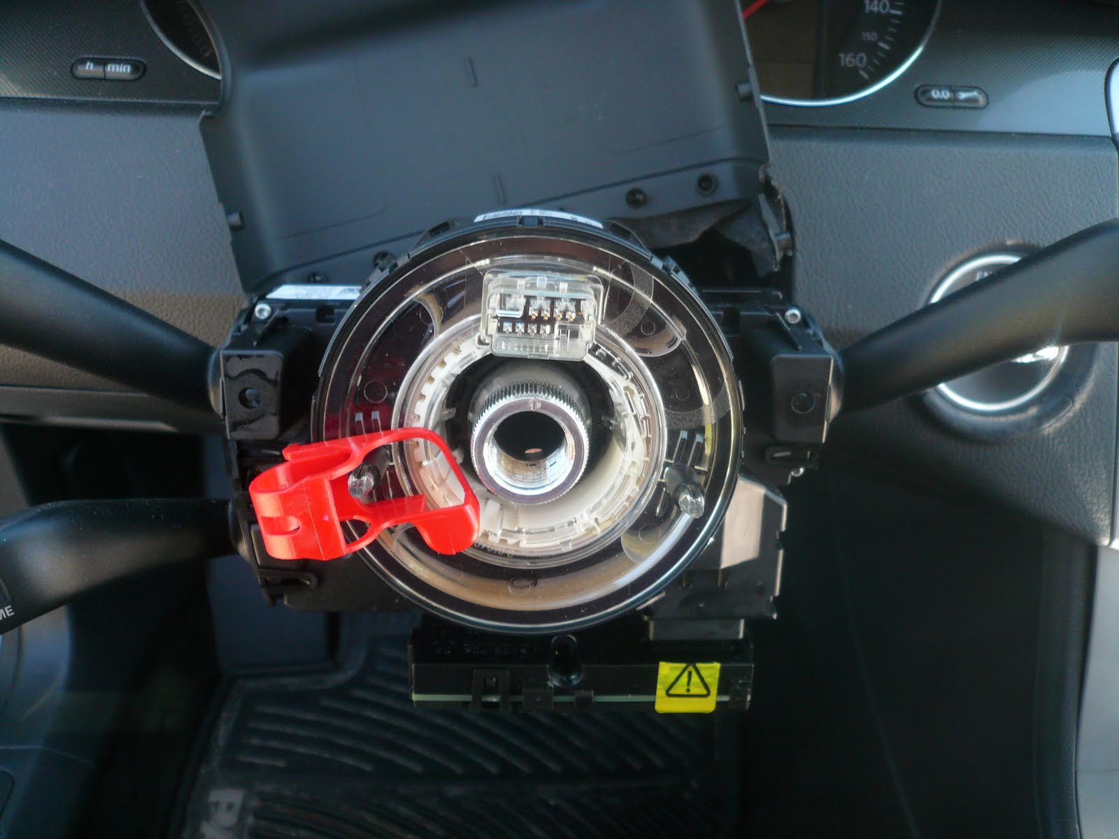 VW Passat Repair: How to replace the Steering Wheel ...