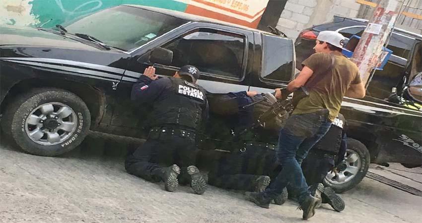 Sicarios interceptan a Estatales, levantan a 11 policías, horas después los liberan, torturados, sin armas y sin patrullas