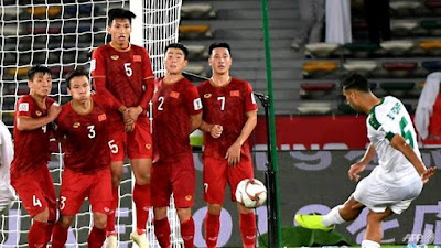 Formidable Saudis open in style at Asian Cup