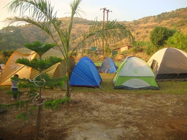 camping party pune