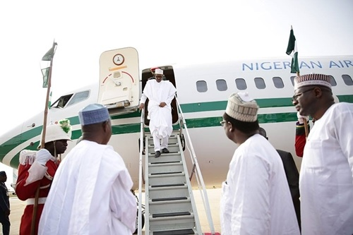 President Buhari Arrives Daura as He Begins 4-days Visit to Katsina (Photos)