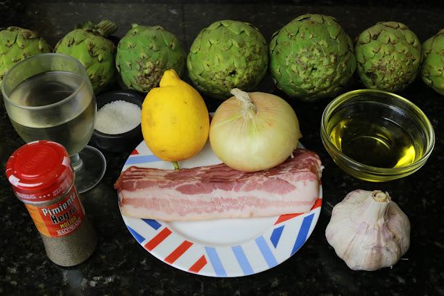 Ingredientes para alcachofas con bacon