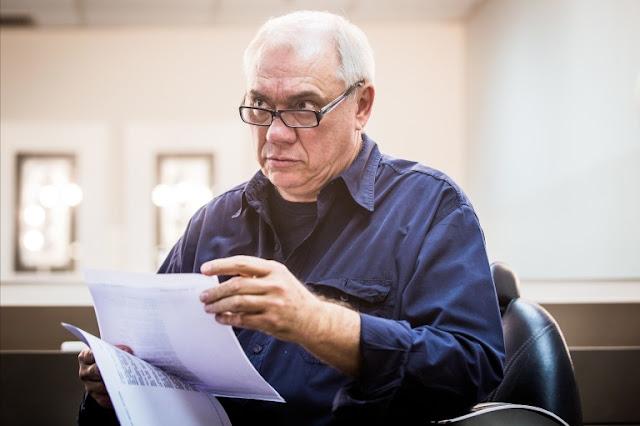 Afastado da TV e desolado Marcelo Resende anúncia câncer grave no pàncreas aos 65 anos