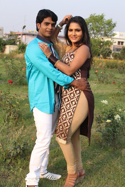 Sunny Singh and Sunil Kumar in Film Banarasi Pahawan