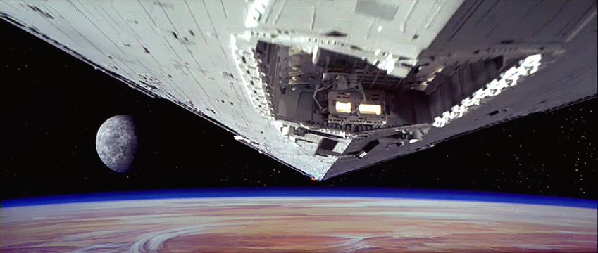 opening shot of destroyer in A New Hope