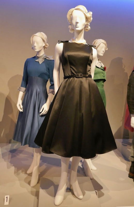 Rachel Brosnahan Mrs Maisel Midge costumes