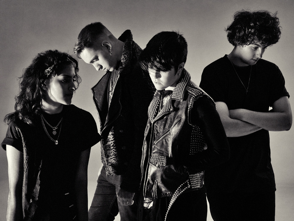 Biographies ~ The xx Fansite
