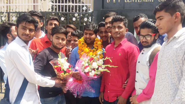 A welcome reception during the visit of ABVP Minister of State Sunil Bharadwaj to Faridabad
