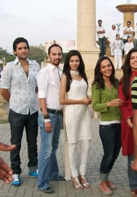 Mohib Mirza, Nomi Ansari, Tooba Siddiqui and Amina Haq
