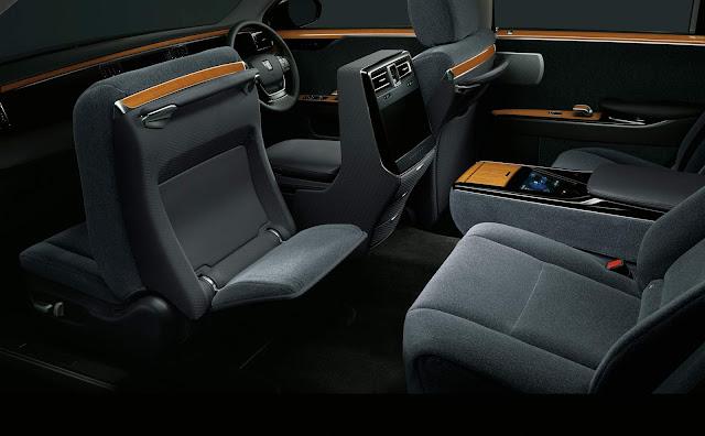 Toyota Century